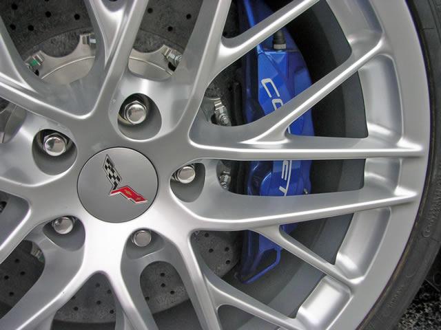 На Ebay продан Corvette ZR1 за 97,5 тысяч баксов (28 фото)