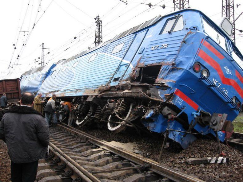 Аварии поездов в картинках