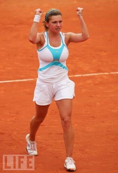 Самая большая грудь в теннисе. Симона Халеп (20 фото + видео)
