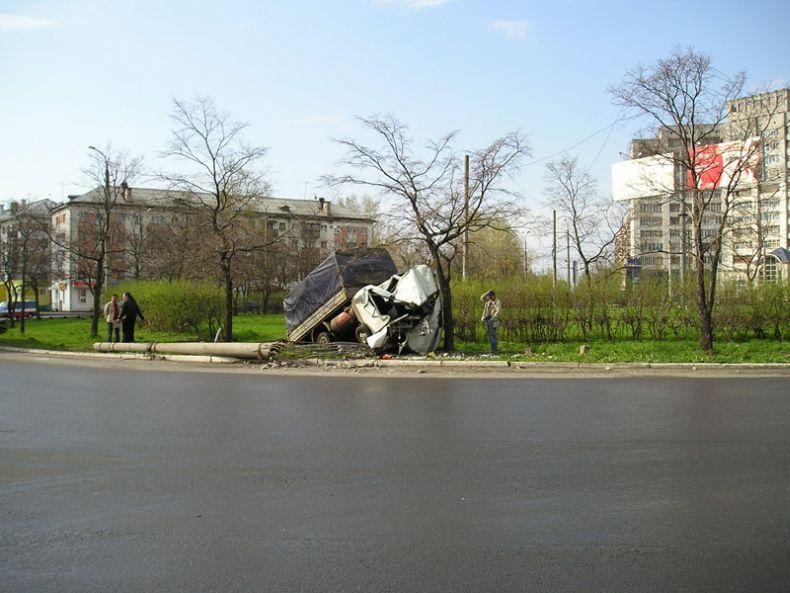Очередная авария (5 фото)