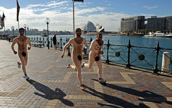 Обнаженные костюмы для бега (6 фото)