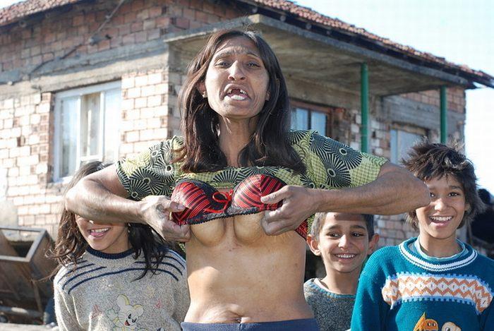 Девочка сосет у коня видео 0 фотография