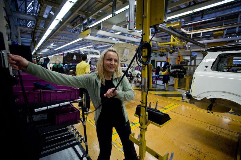 Как собирают Mini на заводе в Оксфорде (23 фото)