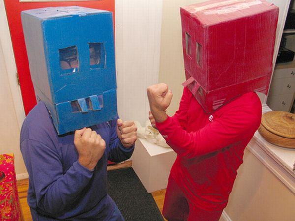 Самые неудачные костюмы роботов (15 фото)