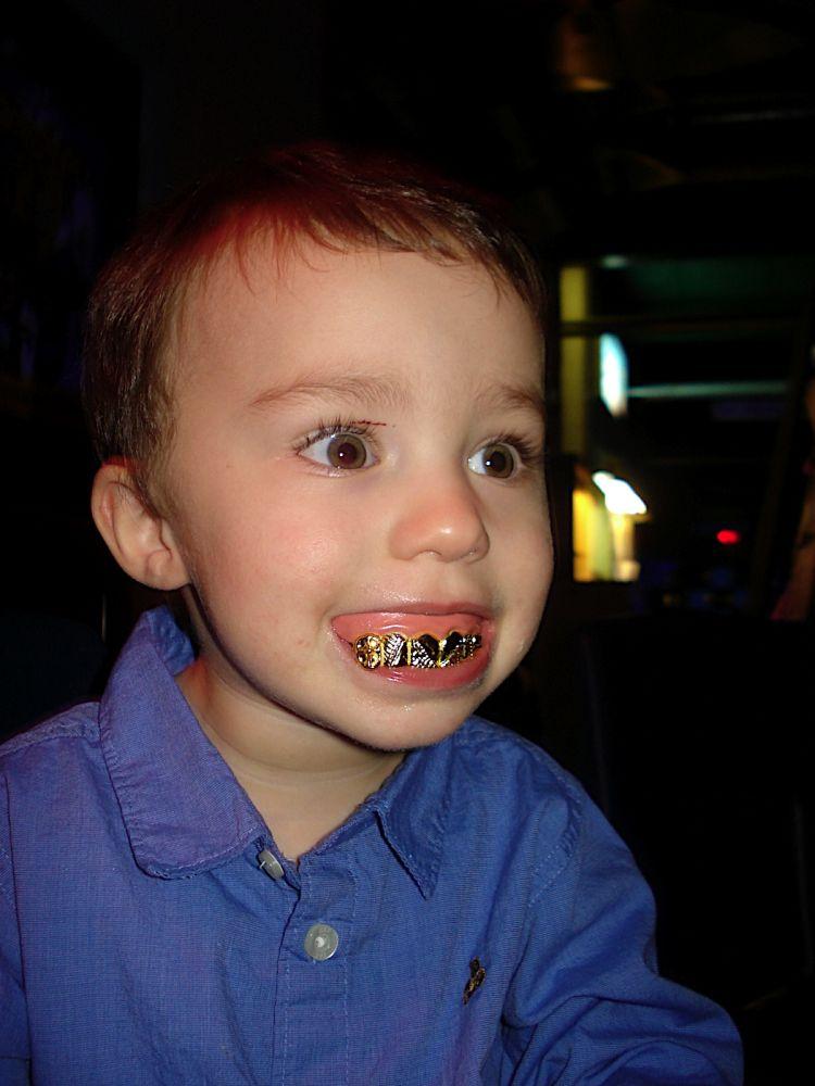 Украшаем зубы (52 фото)