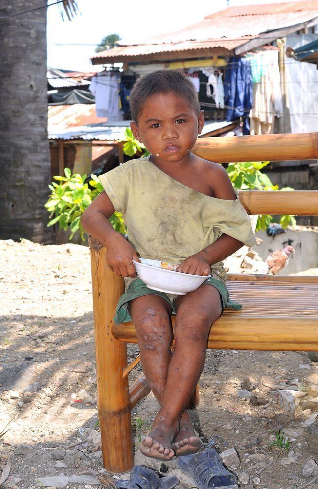 Дети из филиппинских трущоб (23 фото)