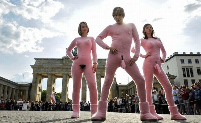 Бруно в Берлине (18 фото)