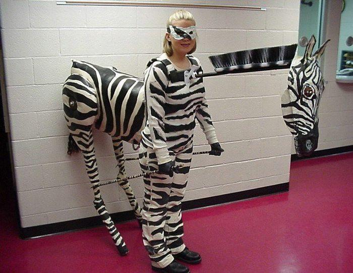 https://cdn.trinixy.ru/pics4/20090626/costumes_03.jpg