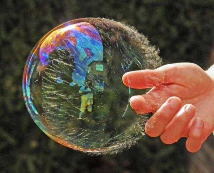 Лопаем пузырь