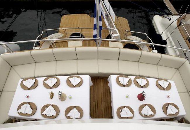 Дорогие яхты. Вид изнутри (29 фото)