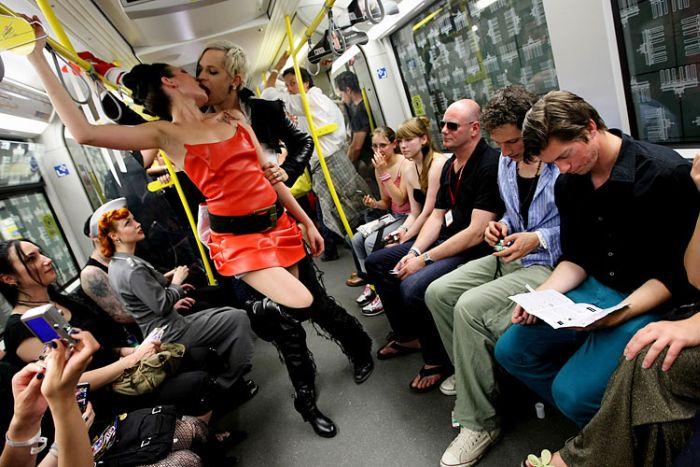 Underground Catwalk. Уникальное шоу в Берлине (20 фото)