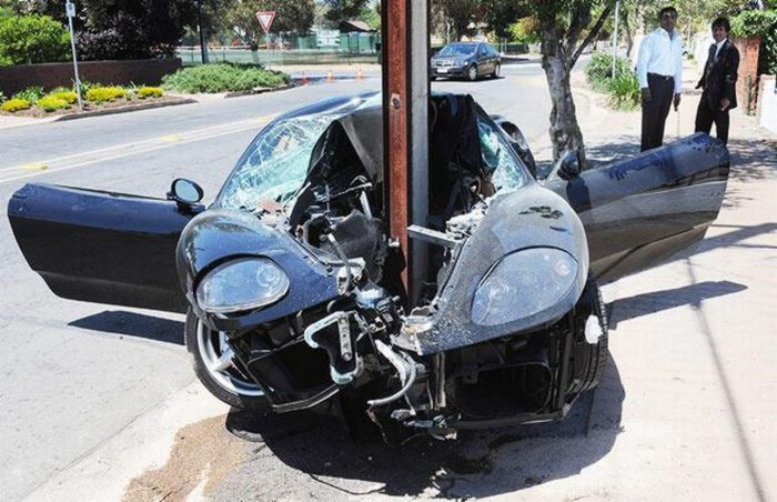 Страшные аварии (56 фото)