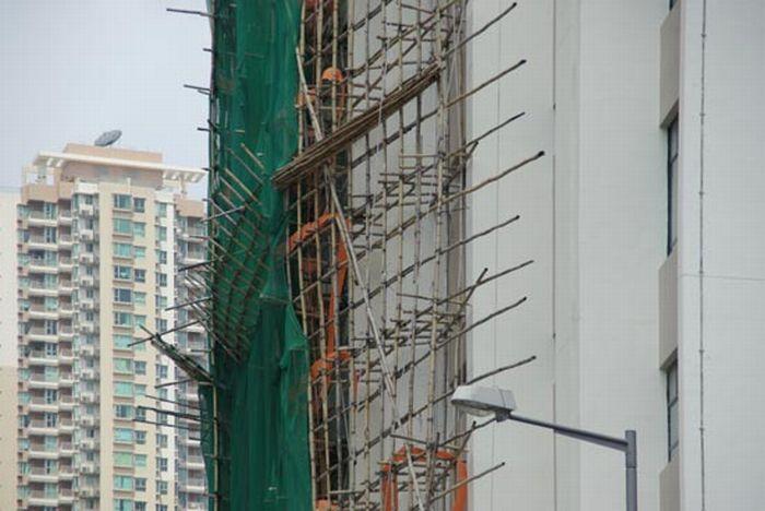 Из чего в Гонг-Конге делают строительные леса (45 фото)