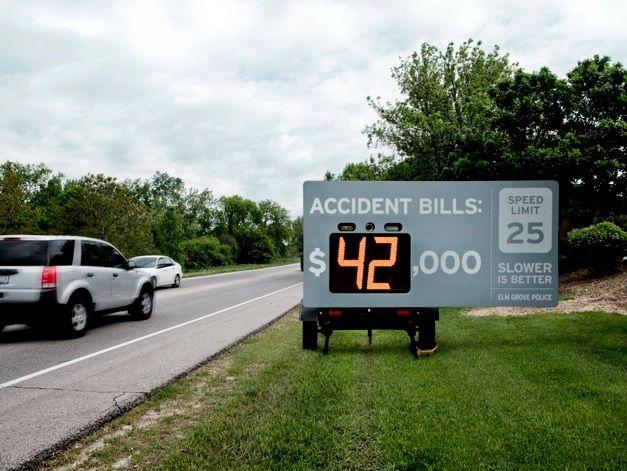 Интересная идея для борьбы с превышением скорости (3 фото)