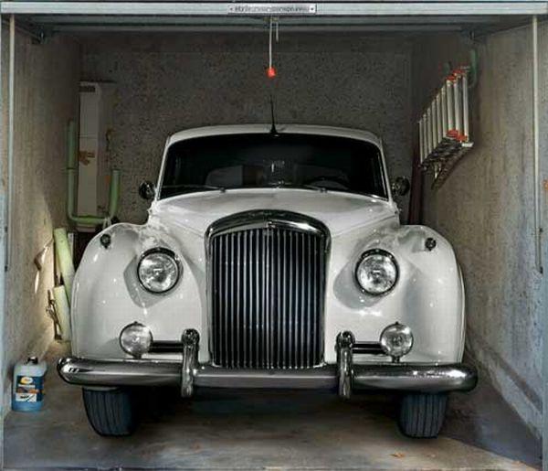 Наклейки на гаражи (47 фото)