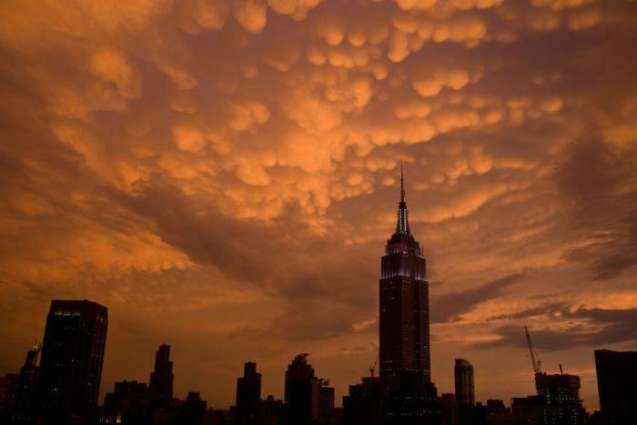 Красивые облака над Нью Йорком (17 фото)