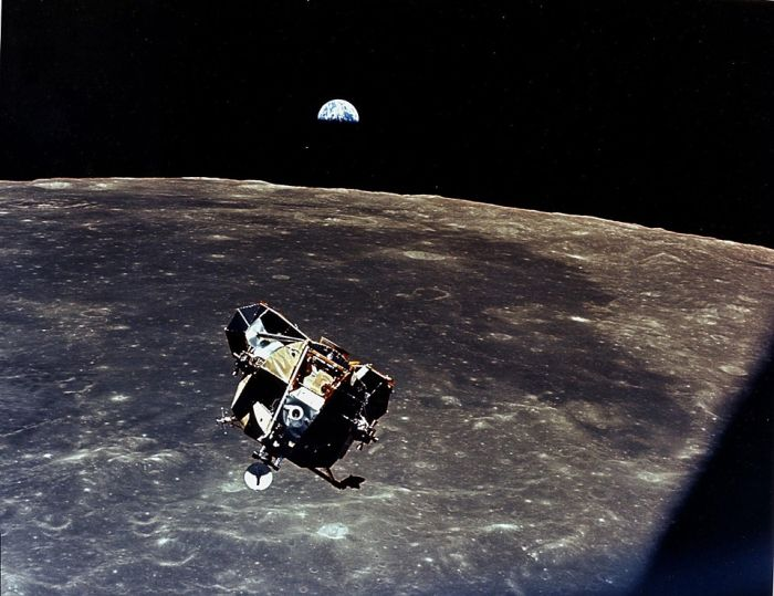 Высадка на Луну (25 фото)