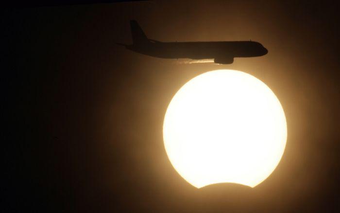 Самое продолжительное солнечное затмение 21 века (42 фото)