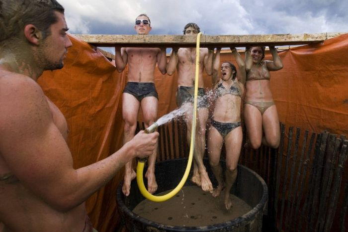 Фестиваль в грязи (16 фото)