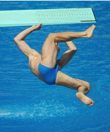Прыгун подскользнулся (5 фото)