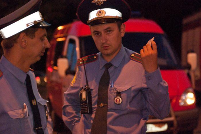 В день ВДВ пьяные десантники устроили ДТП (18 фото)