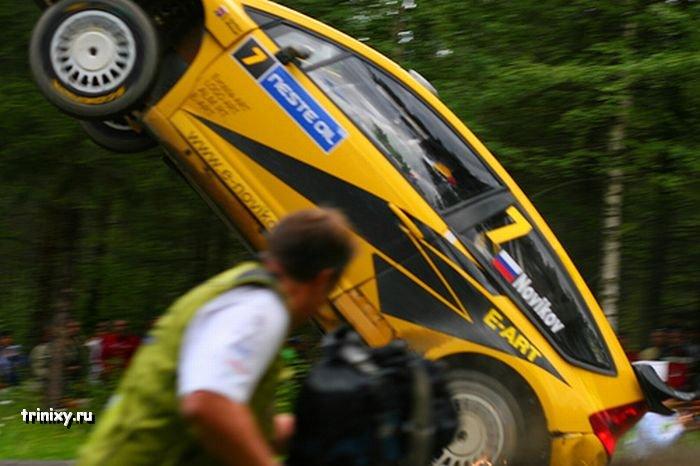 Мега-прыжок во время Neste Rally Finland (15 фото)
