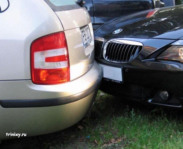 Уснул за рулем после аварии (10 фото)