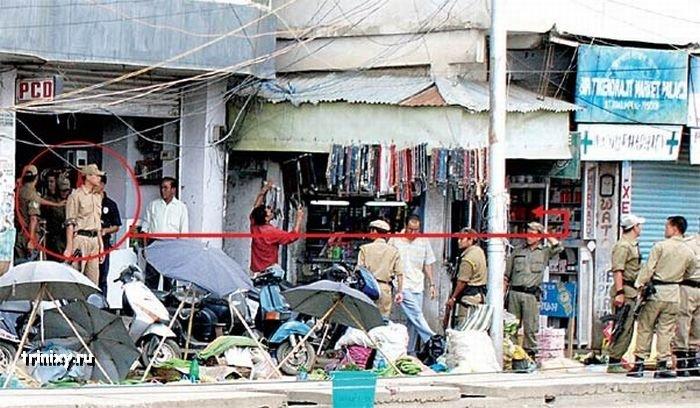 Полицейский беспредел в Индии (6 фото)