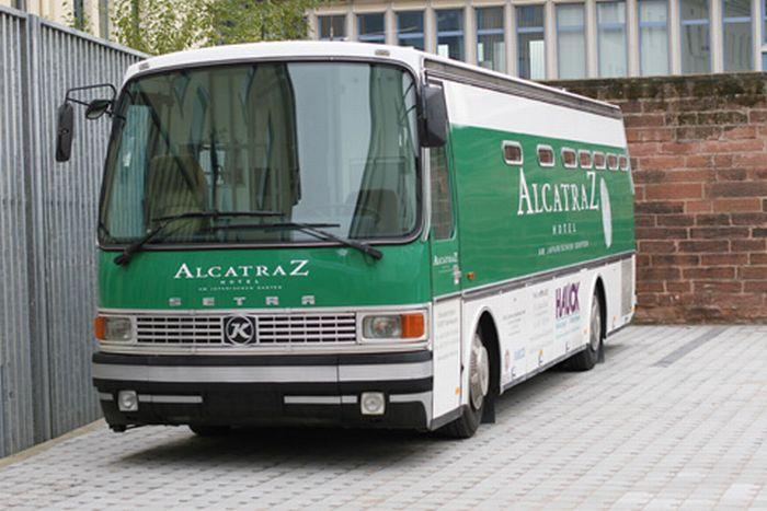 Гостиница Алькатрас в Германии (18 фото)