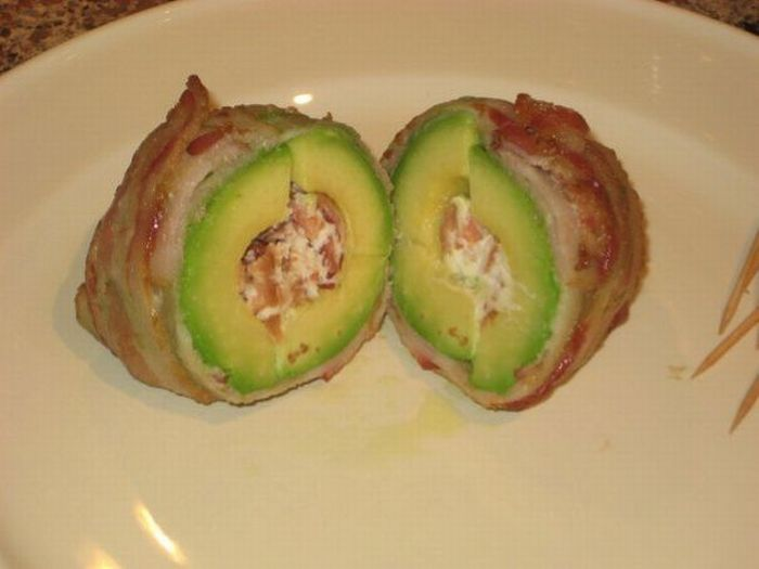 Авокадо с беконом (9 фото)
