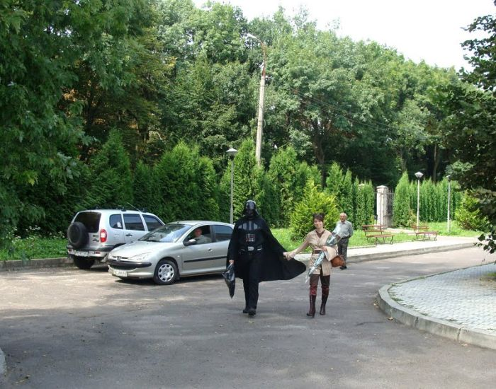 http://trinixy.ru/pics4/20090819/star_wars_wedding_09.jpg