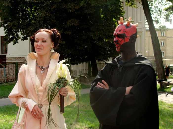 http://trinixy.ru/pics4/20090819/star_wars_wedding_19.jpg