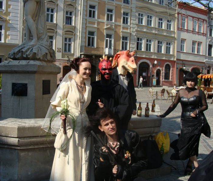 http://trinixy.ru/pics4/20090819/star_wars_wedding_32.jpg
