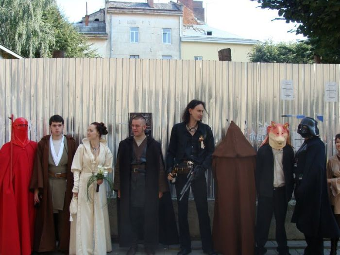 http://trinixy.ru/pics4/20090819/star_wars_wedding_34.jpg