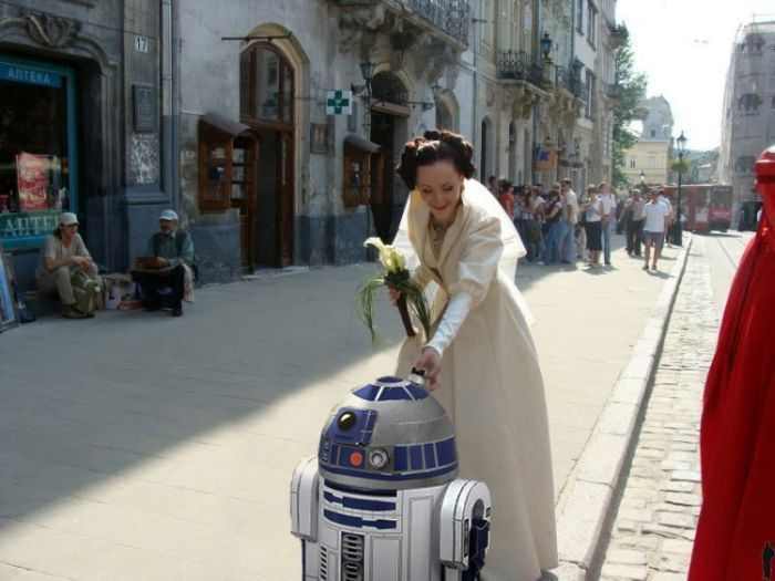 http://trinixy.ru/pics4/20090819/star_wars_wedding_43.jpg