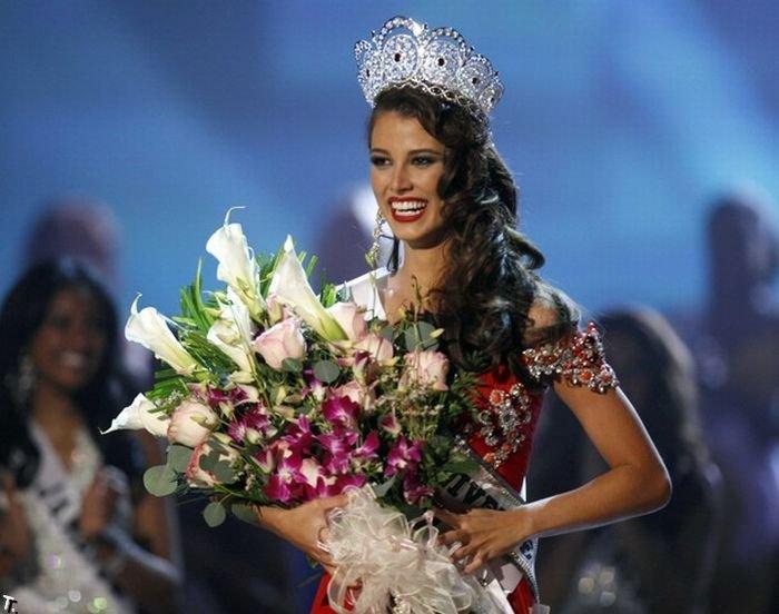 Мисс Вселенная-2009 Стефания Фернандес (24 фото)