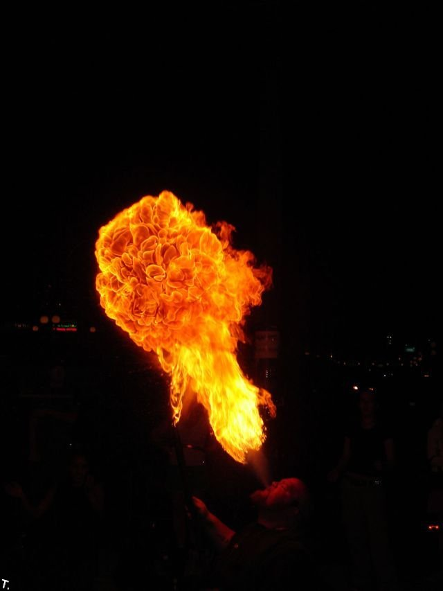 Огонь из жопы