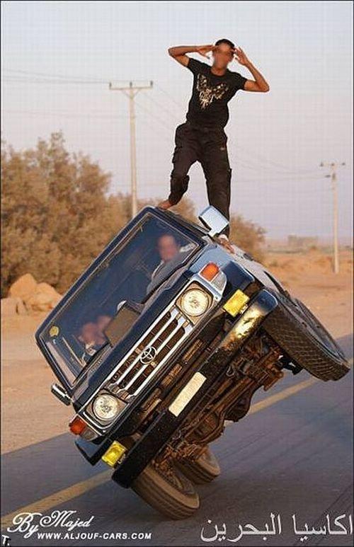 Сумасшедшие арабские трюкачи (14 фото)