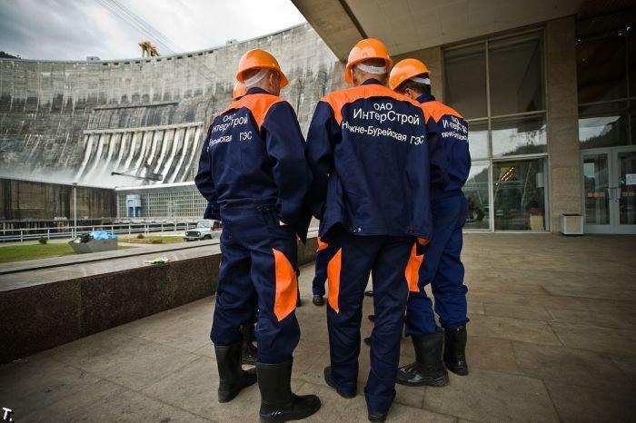 Восстановительные работы на Саяно-Шушенской ГЭС (44 фото)