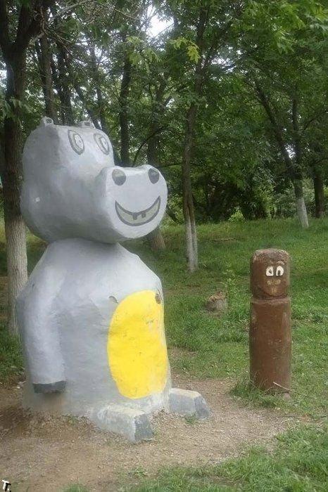 Детская площадка, на которую лучше не пускать детей (38 фото)