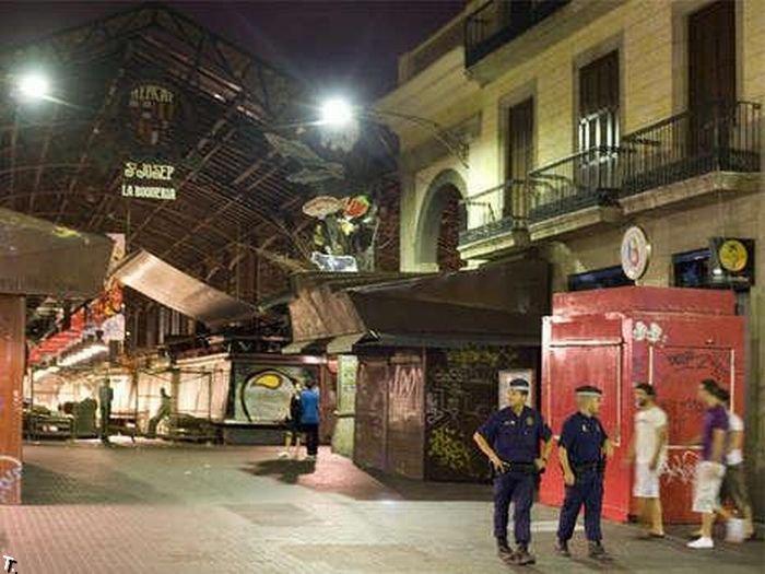 Достопримечательности современной Барселоны (6 фото)