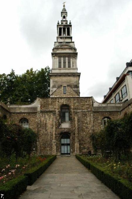 Здание в Лондоне (19 фото)