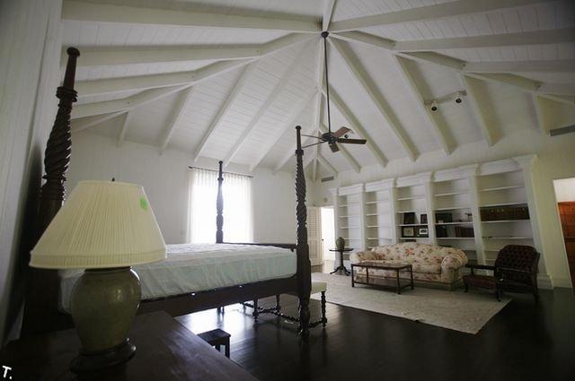 Квартира и дом Бернанрда Медоффа (50 фото)