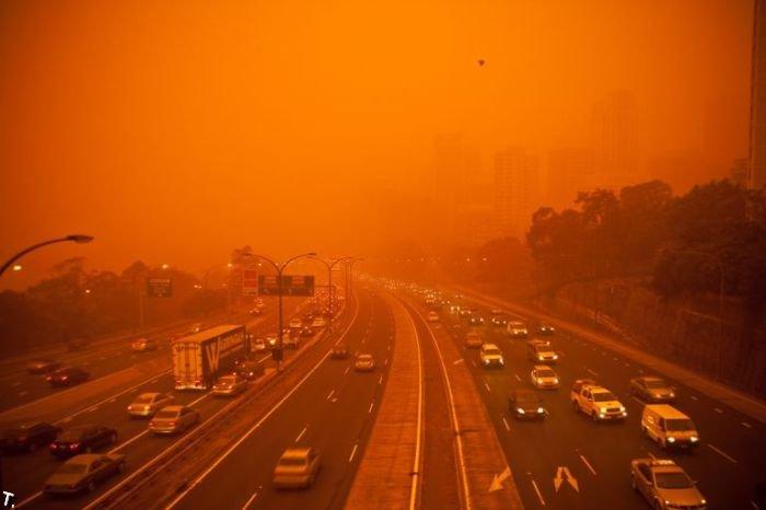 Вчерашняя песчаная буря в Сиднее (16 фото)