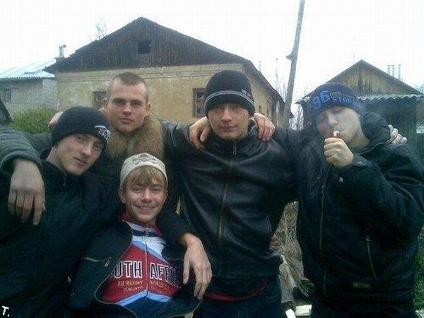 http://cdn.trinixy.ru/pics4/20090925/gopniki_01.jpg