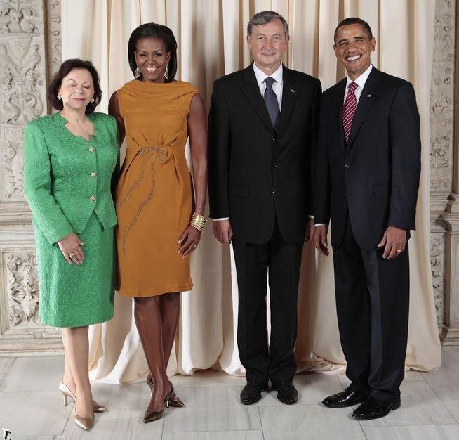 Президент Обама выглядит одинаково на всех фотографиях (40 фото)