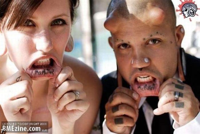 Обычная свадьба необычной пары (7 фото)
