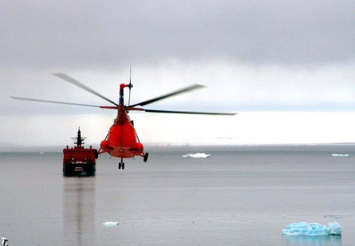 Наши в Арктике (50 фото)