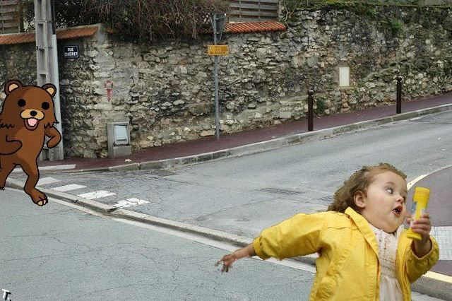 Фотожаба. Девочка с пузырями (41 фото)
