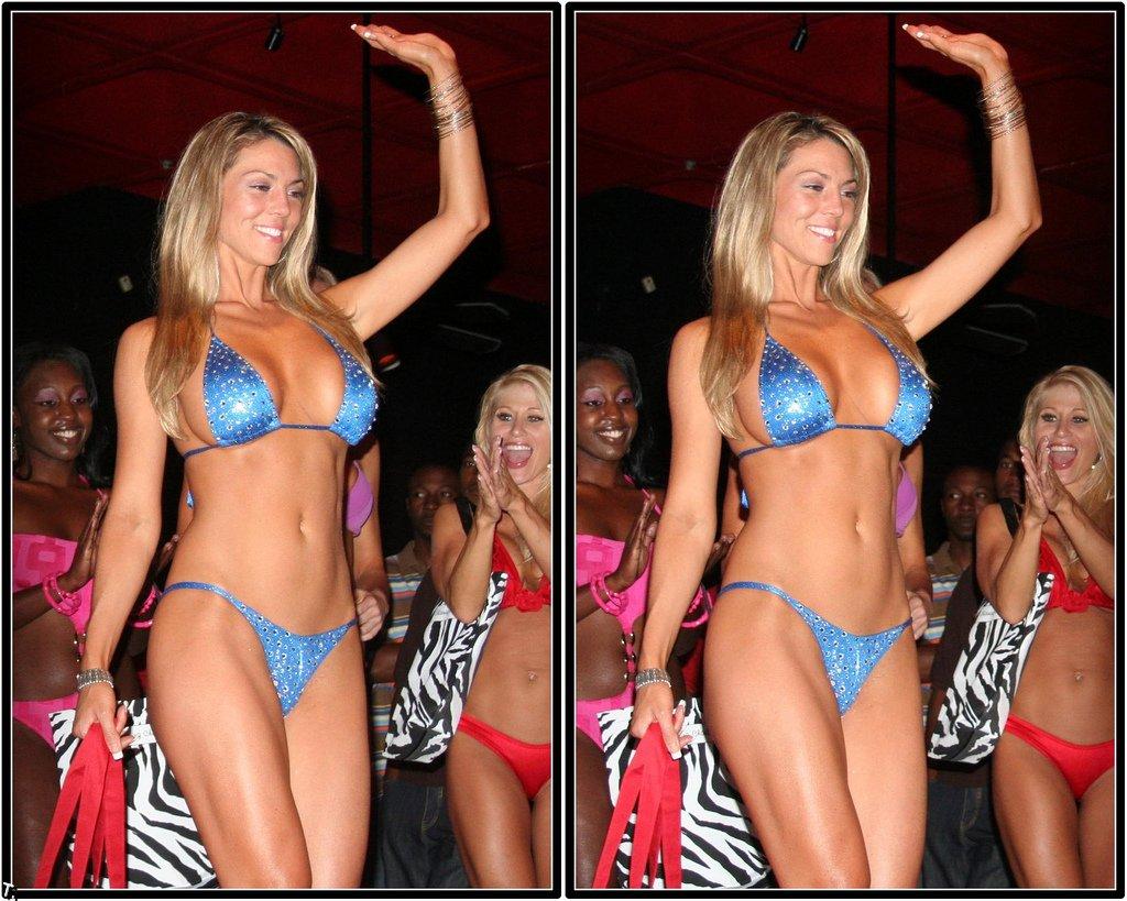 http://trinixy.ru/pics4/20091005/bikini_14.jpg